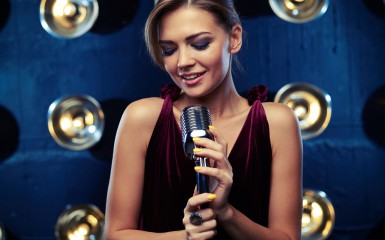 singer-girl