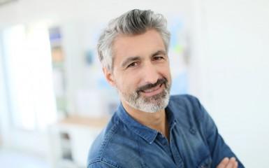 Man older lead actor