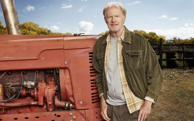 BLESS THIS MESS - Ed Begley Jr. Courtesy of ABC / Brian Bowen Smith
