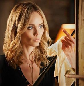 Laura Vandervoort in Netflix's V Wars