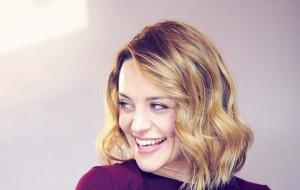 Zoë Tapper. Photo by Jon Holloway.