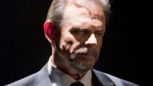 Marc Singer as Lars Tremont in V: 2009